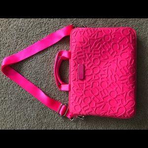 Marc Jacobs Messenger Bag/ 15in Laptop Case